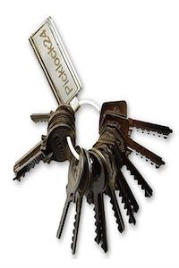Manojo de llaves maestras para bumping son de serreta válidas para cerraduras de Españolas